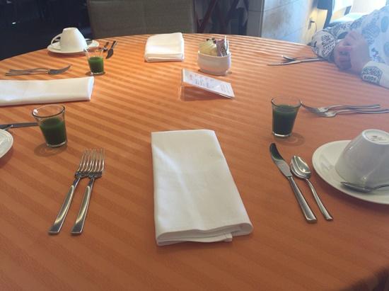 ミクラス朝食