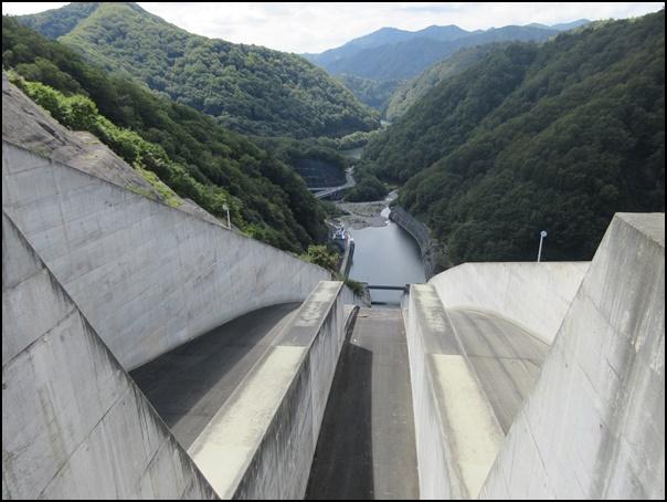 奈良俣ダムコンクリート