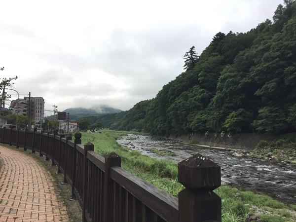 塩原温泉の箒川