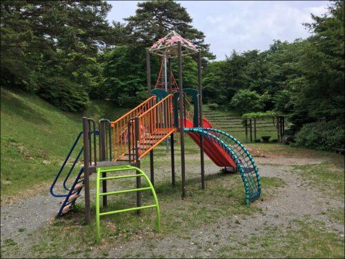 yuugu 山頂の遊具